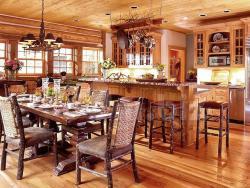 Обстановка в деревянном доме